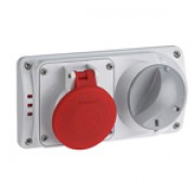 Compact interlocked socket (plastic)